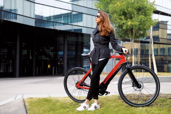 PININFARINA Evoluzione Sportiva E-Bike Carbon Shimano XT 11-Gang rot